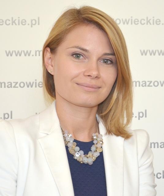 na zdjęciu koordynator prac Biura Wojewody, pani Anna Karpińska