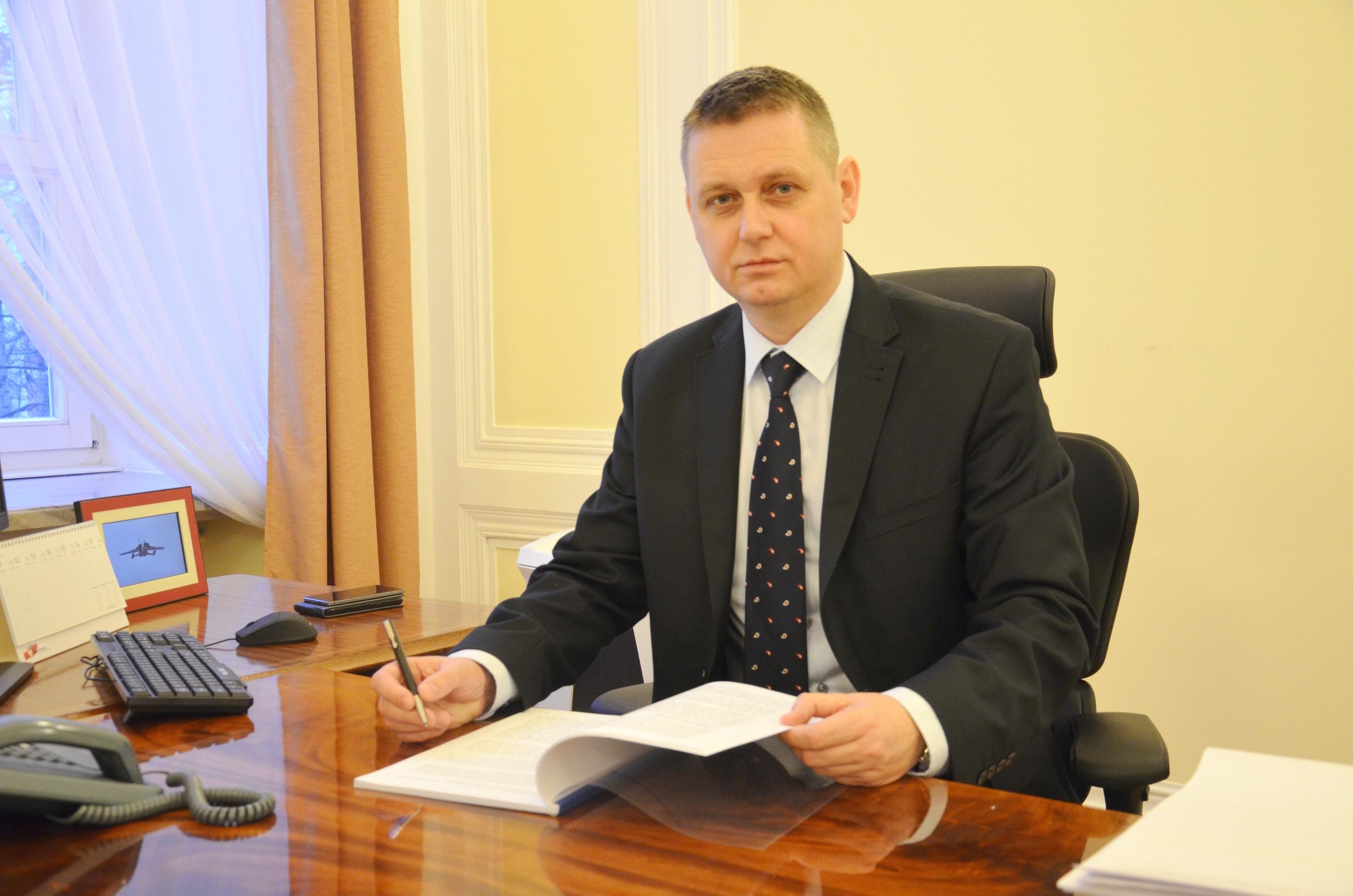 na zdjęciu II wicewojewoda mazowiecki, pan Artur Standowicz